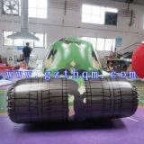 Modelo inflable del coche del tanque del juego al aire libre