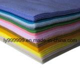 Le polyester de DIY a ressenti la feuille non-tissée de tissu pour le métier fonctionner 42 grands dos mous superbes 5.9*5.9inch, environ 1.5mm de couleurs épais,