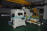 オートメーションNCの出版物ラインのサーボストレートナの送り装置そしてUncoilerの使用