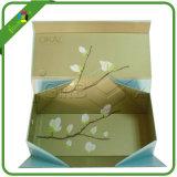 Foldableボール紙の磁気ギフト用の箱は折り返しの閉鎖と卸し売りする