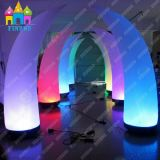 Finego党結婚式の装飾のCustomizd LEDの照明装飾の円錐形の照明柱