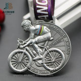 カスタマイズしなさいリボン(JIABO-JP1688)が付いているメダルを実行する旧式な銀3Dのバイクの競争のスポーツを