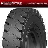비스듬한 OTR 긁는 도구 타이어 18.00-25