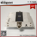 Mini 3G 2100MHz aumentador de presión de la señal del teléfono celular del LCD