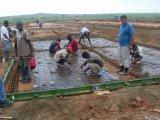 Het geprefabriceerde Staal assembleert snel het Huis van Vluchtelingen