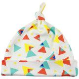 M8872 que anuda el sombrero del bebé del algodón