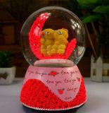 Globo dell'acqua del globo della neve del mestiere del regalo di cerimonia nuziale della resina di Polyresin