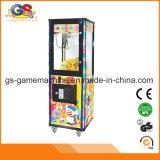 Máquina de juego de madera de la ranura de la grúa de la máquina expendedora del juego de la cápsula del juguete de la felpa