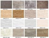 El mejor suelo de madera del azulejo del PVC del material de construcción de China