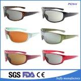 Un marchio su ordinazione di riciclaggio 2017 di vetro mette in mostra gli occhiali da sole con il Tac polarizzati