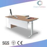 Nützlicher Büro-Tisch mit seitlichen Credenza-Möbeln