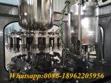 Machine remplissante et recouvrante de jus de bouteille en verre