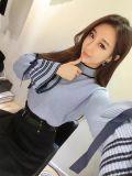 Vestiti abbastanza lavorati a maglia delle donne del maglione del manicotto del chiarore