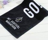 カスタマイズされた印刷を用いる高級な100%年の綿のスポーツ/ゴルフ/上昇タオル