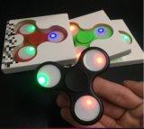 El contraluz de cerámica o el hilandero del dedo del hilandero de la persona agitada del rodamiento del metal con el LED enciende a hilandero de la mano