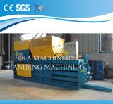 Pressa per balle semiautomatica di piccola dimensione Hbe100-7070 per le scatole & scatola & film di materia plastica & paglia