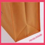 O saco não tecido favorável ao meio ambiente, personalizado, recicl o uso