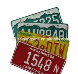 Das kundenspezifisches dekorative Metallfarbenreiche Drucken reflektiert geprägte Nummernschilder