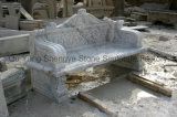 庭のベンチの大理石のベンチ