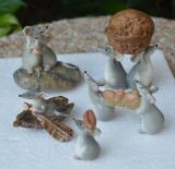 I regali svegli delle arachidi dei mouse del mouse della resina di vendite si dirigono gli ornamenti della decorazione miniatura