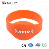 Os bens macios Ntag213 Waterproof Wristbands do silicone RFID