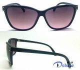 Gafas de sol plásticas de las mujeres de la nueva manera con insignia de encargo