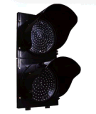 Segnali verdi rossi del semaforo del tondo LED con un conto alla rovescia di Digitahi