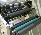 Unbelegter Aufkleber, der stempelschneidene Drehmaschine aufschlitzt