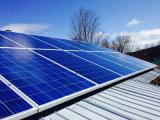 Système solaire de forte intensité de support pour le toit métallique ondulé