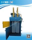 Prensa de embalaje de la vertical de la máquina del papel usado Vmd40-11070