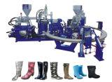 Máquina rotativa para botas de lluvia. Botas de agua