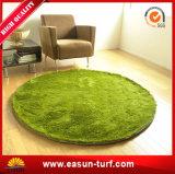 Herbe artificielle de qualité pour le décor à la maison