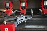 溝機械CNCの打抜き機