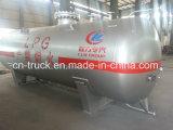 直売の中国の新しい4cbm LPGの弾丸4ton LPGタンクを作る
