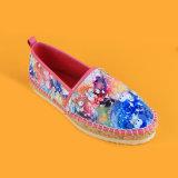 Schöne Dameneva alleinige BlumenSequinSlip-onplattform-Espadrille-Schuhe für Frauen