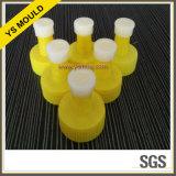 Moulage en plastique de capsule et de fiche de colle