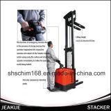 概要の産業機械1.2tのパレットによって上にあられる電気スタッカー