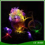 La stringa decorativa della libellula dell'indicatore luminoso di striscia dell'albero di Natale LED illumina la lampada solare variopinta 20LED/30LED della stringa per il festival
