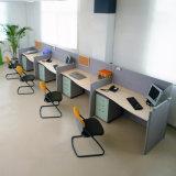 4 SeaterのオフィスのPartitiionのスタッフ作業机のコールセンターワークステーション(SZ-WST637)
