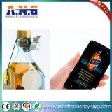 NFCは赤ワインのびんのための常置接着剤に付ける