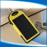 최신 판매 태양 에너지 은행 5000mAh Li 중합체 건전지, 옥외 Mountaineering