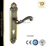 Europäische Art polierter Goldzink-Legierungs-Tür-Platten-Griff (7007-Z6112)