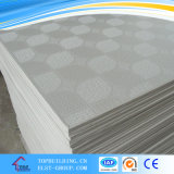 Diseño perforado del techo Tile/154/996/238/azulejo 595*595*8m m del techo del yeso del vinilo