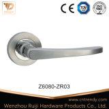Ручка замка двери сплава цинка на квадратных розетках (Z6030-ZR03)