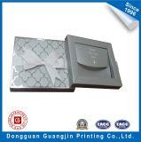 Foil de plata Paper Gift Box con Ribbon