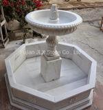 Fonte pequena da decoração de mármore branca bonita do jardim
