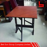Нестандартная конструкция обедая таблицы, деревянный складной столик