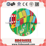 Gleiskettenfahrzeug-Art-hölzerner Spiel-Wand-Vorstand für Kinder