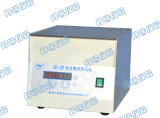 Centrifugeuse pour le matériel de laboratoire avec l'affichage numérique