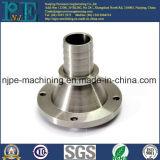 O ISO do profissional passou as peças de giro fazendo à máquina do torno do CNC do metal